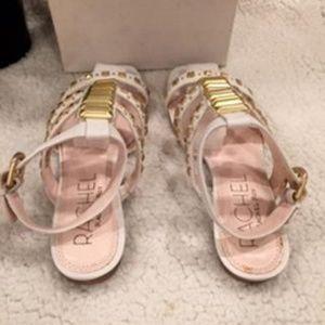 RACHEL Rachel Roy Shoes - RFSHERA WHITE WITH GOLD DETAILS SANDALS SIZE 6.5M